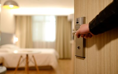 COVID-19: How to Prepare for a Hotel Stay